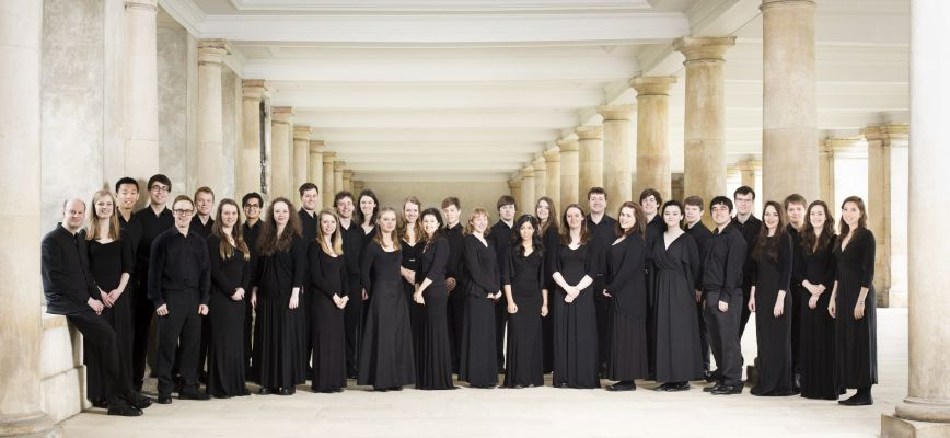 The_Choir_of_Trinity_College_Cambridge_credit_Benjamin_Ealovega-hi-res_2000x1333.jpg